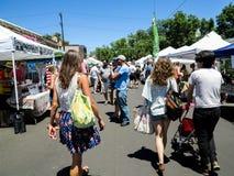 Södra pärlemorfärg gatabondemarknad i Denver Arkivbilder