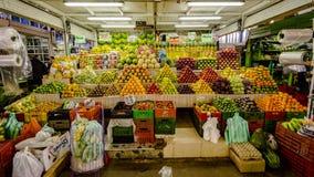 Södra Paloquemao - amerikansk fruktmarknad, Bogota Colombia Arkivfoton