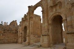 Södra port, Jerash Royaltyfria Bilder