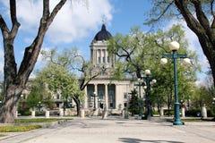 Södra sida av Manitoba den lagstiftnings- byggnaden royaltyfria bilder