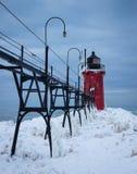Södra tillflyktsort Pier Light i vinter Royaltyfria Foton