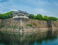 Södra torn av Osaka Castle annan vinkel Arkivfoton