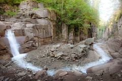 södra tyrol för bletterbachkanjon vattenfall Arkivbild