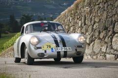 Södra tyrol klassiker cars_2014_Porsche 356 toppna 90 Arkivfoton