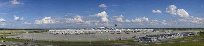 Södra Tyskland, upper, bavaria, munich, huvudstad, gränsmärke, gränsmärken, turism, lopp, flygplats, franz-josef-strauss, torn, t Royaltyfri Bild