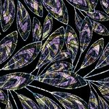Sömlös abstrakt blom- modell på svart bakgrund med vattenfärgeffekt på mörk bakgrund Arkivfoto