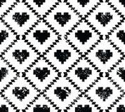Sömlös aztec stam- modell med hjärtor - grunge, retro stil Royaltyfria Bilder