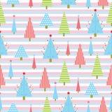 Sömlös bakgrund av julillustrationen med det färgrika Xmas-trädet på bandbakgrund som är passande för Xmas-tapeten, rest Stock Illustrationer