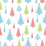 Sömlös bakgrund av julillustrationen med gräsplan som är röda, och blått Xmas-träd som är passande för Xmas-tapeten, restpapper, Royaltyfri Illustrationer