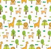 Sömlös bakgrund för gulliga djur med lejonet, giraffet och hjortar vektor illustrationer