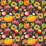 Sömlös bakgrund för tacksägelse Frukter grönsaker - pumpa, höstsidor vattenfärg Royaltyfri Foto