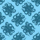 Sömlös bakgrund med bläckfisken på blå bakgrund för att förpacka eller menyer Arkivbild