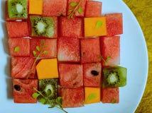 Sömlös bakgrundsmodell och textur av tropisk frukt Fotografering för Bildbyråer