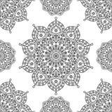 Sömlös blom- mandalamodell i svartvit översikt Arkivbild
