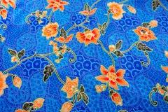 Sömlös blommamodell på tyget Royaltyfri Foto
