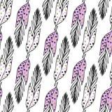 Sömlös etnisk modell med hand drog gulliga fjädrar Det kan vara nödvändigt för kapacitet av designarbete Bruk för tapeten, textil Royaltyfri Foto