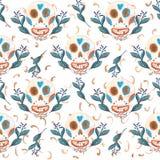 Sömlös gouachemodell av mexikanska skallar och blåa blommor med guld- beståndsdelar stock illustrationer