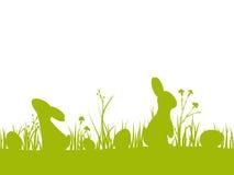 Sömlös gräns för påsk med konturer av kaniner, ägg, blommor och gräs Royaltyfria Bilder