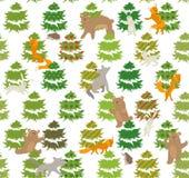 Sömlös grön modell med träd och djur Fotografering för Bildbyråer