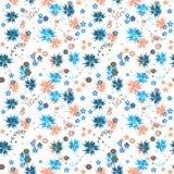 Sömlös gullig liten blommamodell på vit Royaltyfri Fotografi