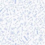 Sömlös illustration på studien av kemi i högstadiet, hand-drog symboler på bakgrund i buren royaltyfria foton
