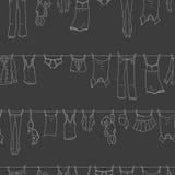 Sömlös illustration på temat av tvagningen och renlighet, olik kläder, ljusa symboler för en kontur på mörk bakgrund stock illustrationer
