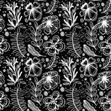 Sömlös modell av blommor och växter för hand utdragna manuella Monokromma vektorillustrationer skissar in stil Stylizationfantasi vektor illustrationer