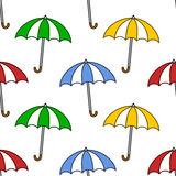 Sömlös modell för färgrika paraplyer Royaltyfria Foton