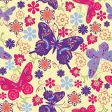 Sömlös modell för fjäril och för blomma - illustration Royaltyfri Foto