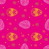 Sömlös modell för påsk med ägg och blommor på rosa färgerna Arkivfoto