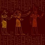 Sömlös modell för tappning med egyptiska gudar på grungebakgrunden med konturer av de forntida egyptiska hieroglyf vektor illustrationer