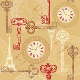 Sömlös modell för tappning med klockan, tangenter och Eiff Royaltyfria Bilder
