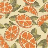 Sömlös modell för tappning med orange frukter Royaltyfria Bilder