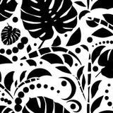 Sömlös modell för tropiska sidor Monstera sidor svart white Royaltyfria Foton