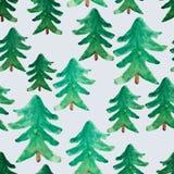 Sömlös modell för vattenfärgjulgranar Den snöig bildplatsen i mist med snö driver, träd, floden, fåglar, frost, skogen, gran-träd stock illustrationer