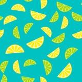 Sömlös modell för vektor, bakgrund med skivor av citronen och lim Royaltyfri Fotografi