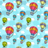 Sömlös modell för vektor med den färgrika luftballongen i himlen stock illustrationer