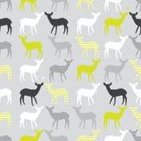 Sömlös modell för vektor med färgrika deers Royaltyfria Bilder