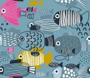 Sömlös modell för vektor med färgrika roliga fiskar stock illustrationer
