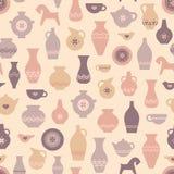 Sömlös modell för vektorkrukmakeri med vaser och annat krukmakerihantverk stock illustrationer