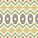 Sömlös modell med geometriska bevekelsegrunder i den afrikanska stilen vektor illustrationer