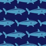 Sömlös modell med hajen i vatten Royaltyfria Bilder