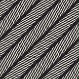 Sömlös modell med hand drog borsteslaglängder Illustration för färgpulverklottergrunge Geometrisk vektormodell Royaltyfri Foto