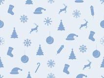 Sömlös modell med julgranar och snöflingor vinter för blåa snowflakes för bakgrund vit vektor Arkivbilder