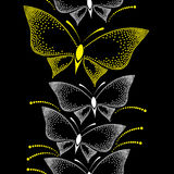 Sömlös modell med prickiga vita och gula fjärilar Stock Illustrationer