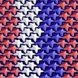 Sömlös modell som består av röda och blåa stjärnor för vit, i ten Royaltyfri Foto