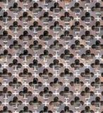 Sömlös modell, textur för tegelstenvägg med gotisk quatrefoildeco arkivfoton