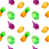 Sömlös modellwithpineapple, mango, drakonisk frukt, durian med fläckar och fläckar på en vit bakgrund Vattenf?rgkonst arkivfoto