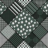 Sömlös patchworkmodell för vektor med lönnlöv Royaltyfria Bilder