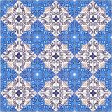 Sömlös patchworkmodell från marockanskt, portugistegelplattor i blåa färger arkivbilder